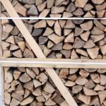 Brennholzpalette Detailansicht01